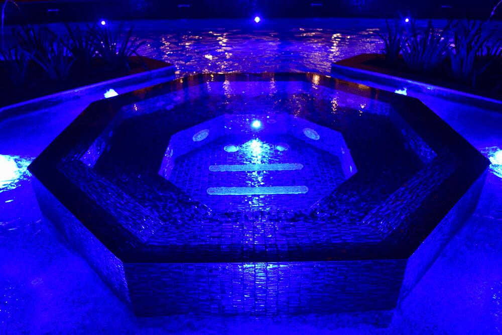 Unique LED pool lighting