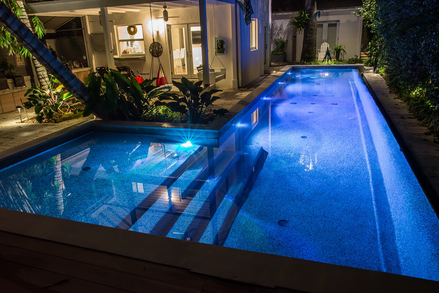 Pool lighting and poolside pathway lighting