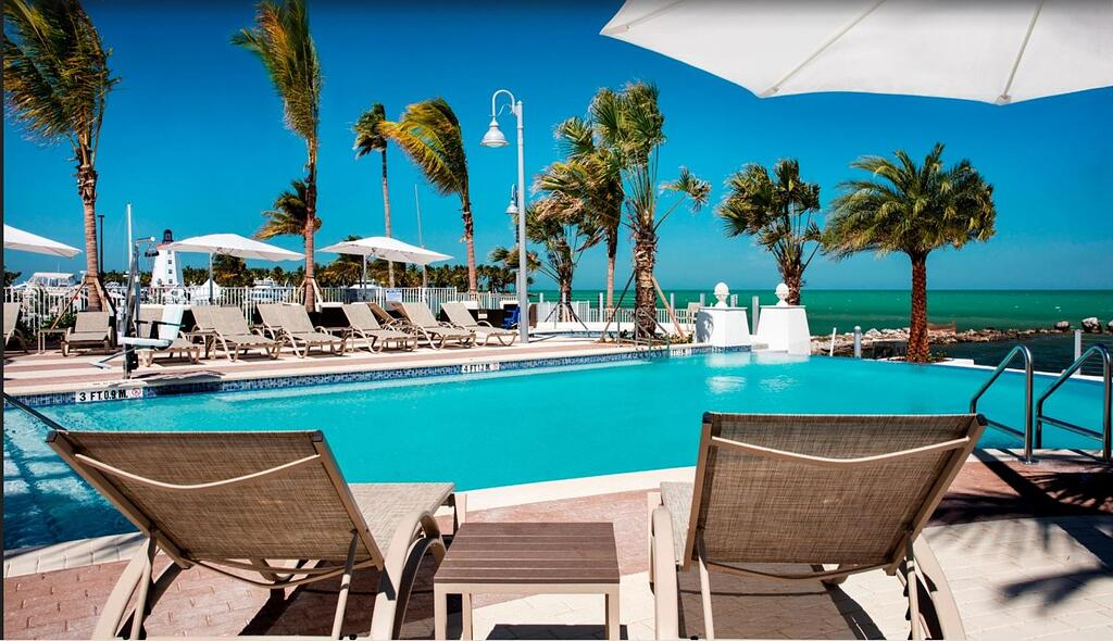 commercial pool service of Florida