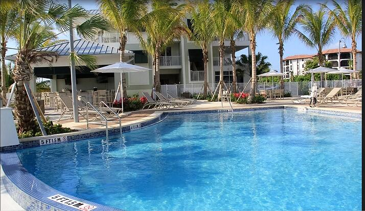 commercial pool service of Miami