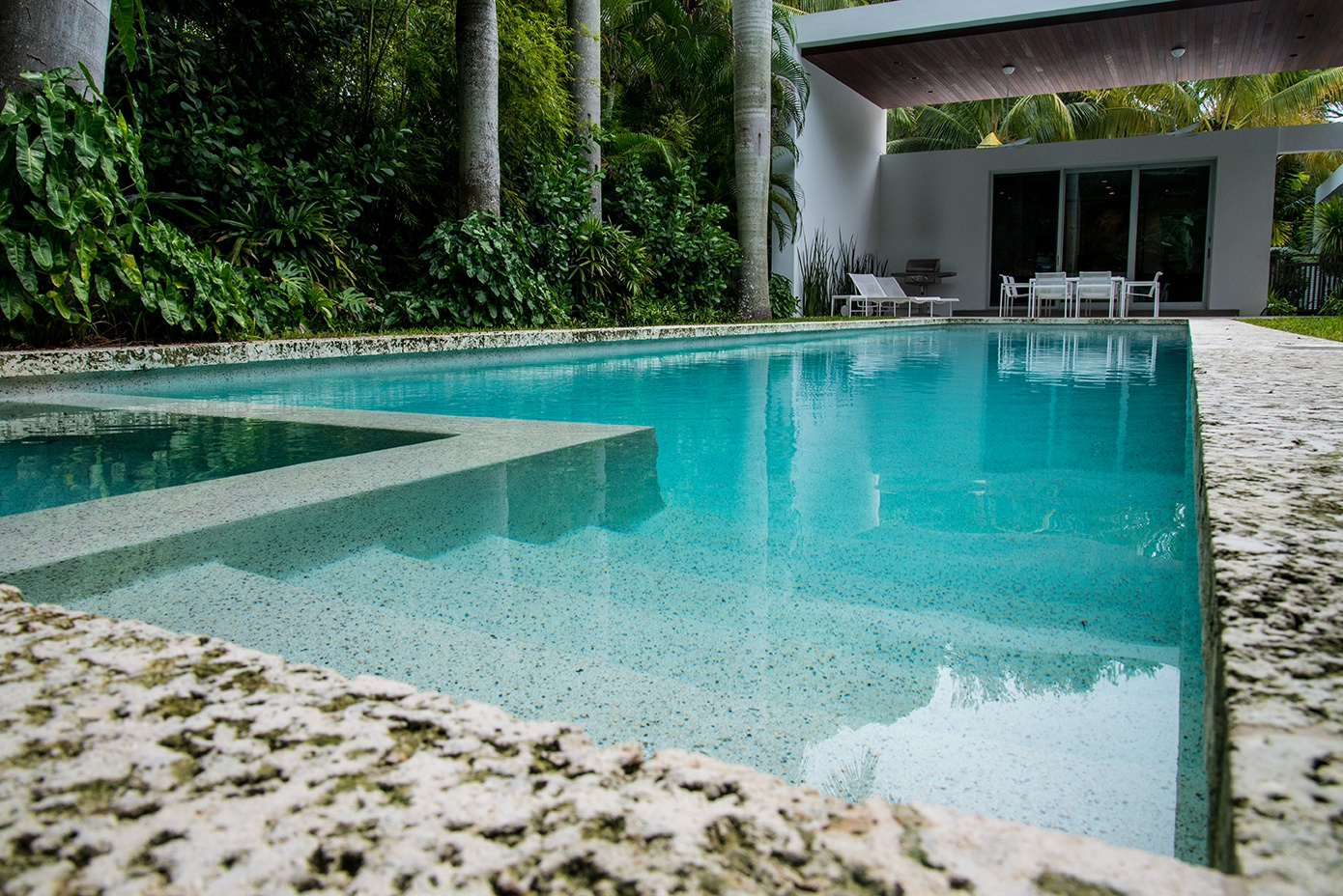 How Much Does Pool Maintenance Cost Per Month in South Florida?
